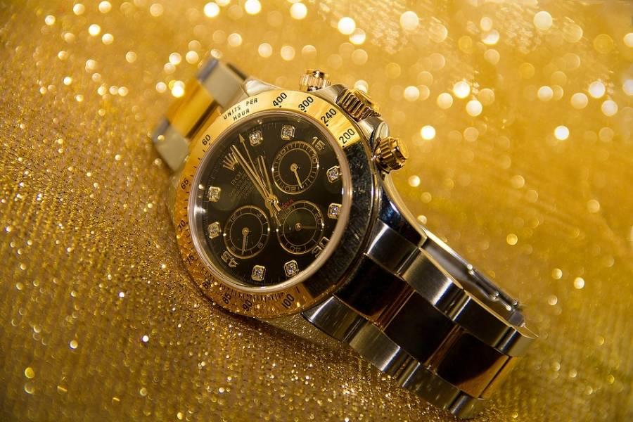 f6765e4f Se også om det kan være noen aktuelle butikker som selger klokker i  sportsbutikker og friluftslivbutikker på nett.